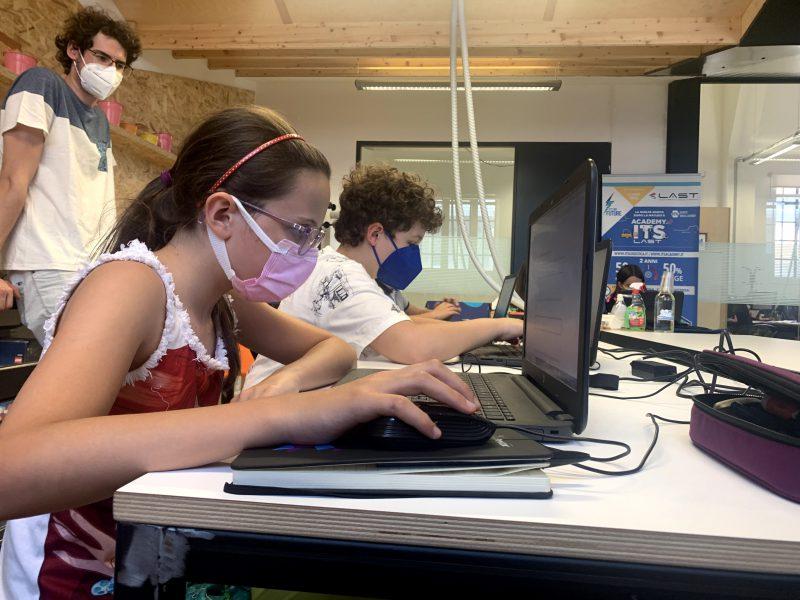 ragazze coding