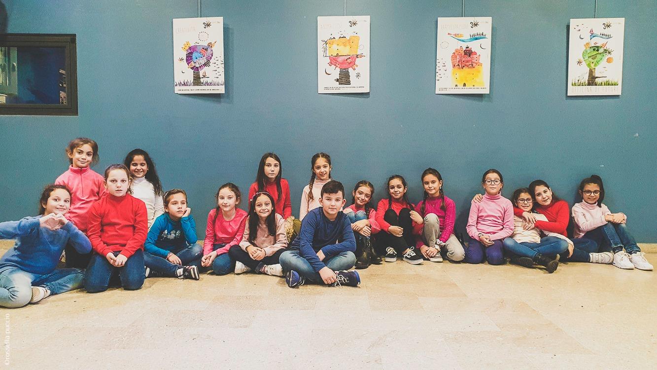 i bambini del coro provano al Centro Tau
